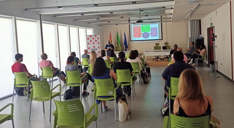 Presentada la estrategia `Extremadura, Buenas Noches´ en el taller de astroturismo en Monesterio