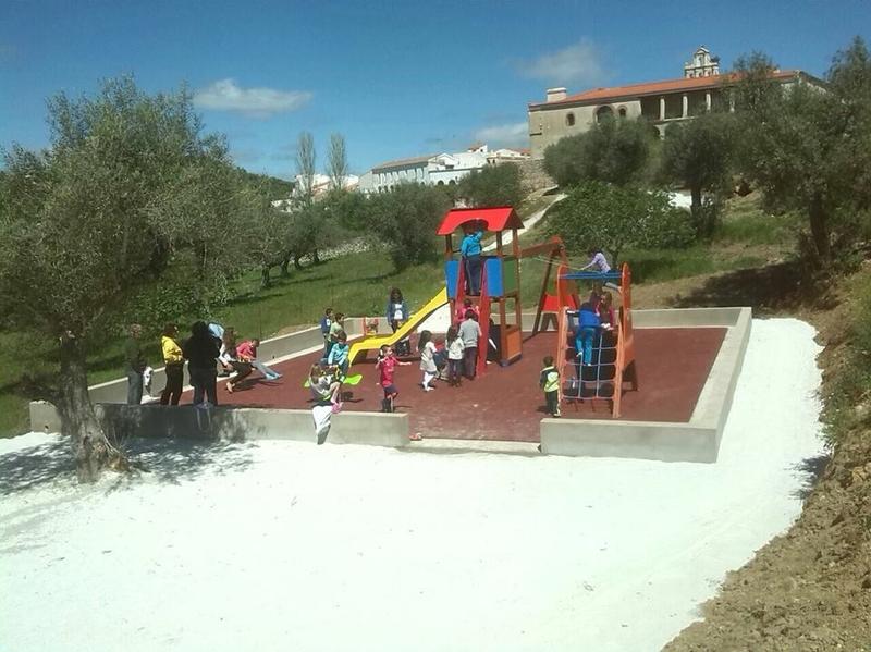 17.150,00€ de los fondos LEADER de CEDECO sirven para crear un nuevo parque infantil